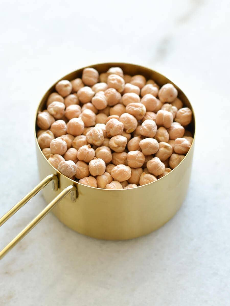 Cup of dried chickpeas